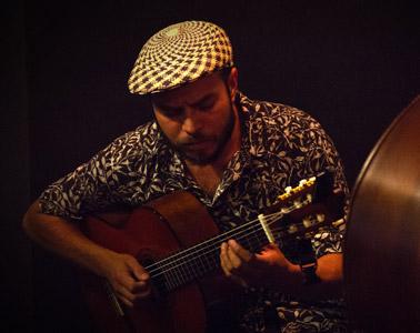 Gonzalo Ostornol – Músico