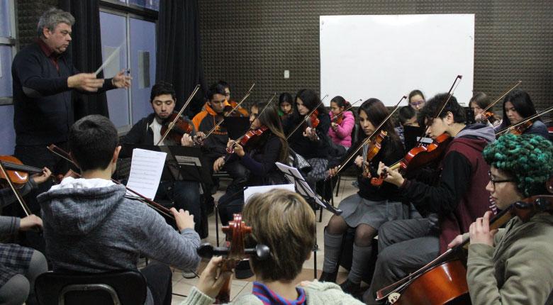 Visita del Alcalde / Ensayo de la Orquesta Juvenil de La Reina 2018